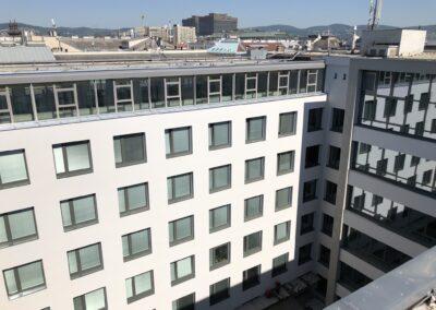 Fassade Innenhof Neues Institutsgebäude
