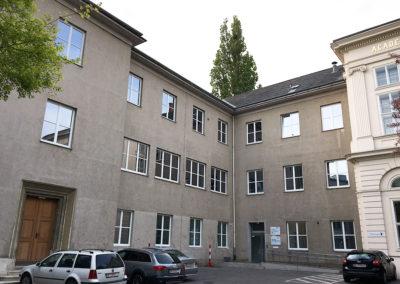Fenstertausch Institut für Gerichtsmedizin